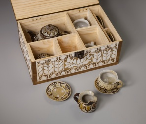 Floral Teaset and Box Open