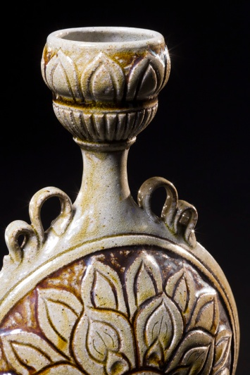 Ampulla Handle Detail
